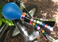 Kids can dress up their two-wheel rides by decorating a bicycle horn with shiny sequins.