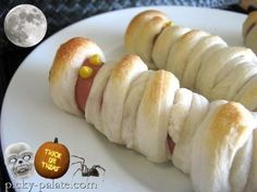 mummy hot dogs & other halloween food