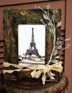 Cute way to dress up any frame