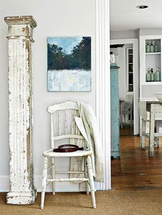 Entryways are often utilitarian, but can be pretty too! More house tours: http://www.bhg.com/decorating/decorating-style/flea-market/house-tour-natural-patina/?socsrc=bhgpin070814makinganentrance&page=6
