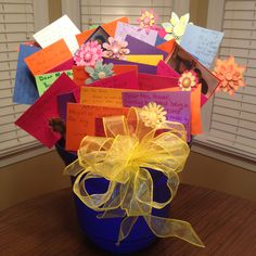 Create a bouqet of cards from students to tell your teacher how much you appreciate them.