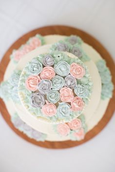 DIY Weddings: Cake Topper Ideas and Projects >> http://www.diynetwork.com/decorating/diy-weddings-cake-topper-ideas-and-projects/pictures/index.html?soc=pinterest