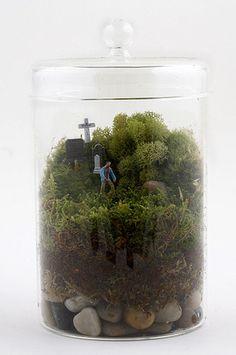 diy zombie crafts, zombi terrarium, zombie terrarium