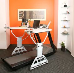TrekDesk Treadmill Desk : yes I will own this one day.