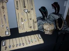 Jewelry Booth In A Bag scene 2