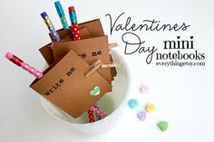 Valentine's Day Mini Notebooks {DIY Gifts} - EverythingEtsy.com