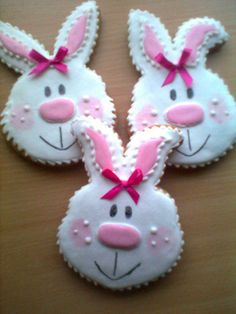 https://www.facebook.com/aniko.csikos.3 easter cookies, bunni cooki