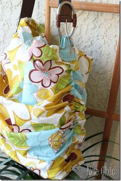 Scrunch Tote Bag Sewing Tutorial and Free Pattern