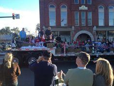 The Waxhaw Christmas Parade!   WCNC.com Charlotte