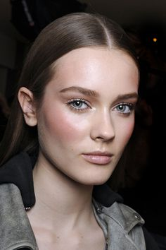 Blush is a great way to wake up the face. Many designers want shades like lavender on the skin, but the models always look more beautiful in peaches and pinks – and these shades definitely make them look more awake.