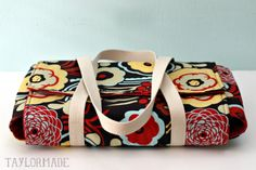 Casserole Carrier. I love this!