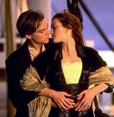 Titanic: Kate Winslet & Leonardo Dicaprio - Can't watch the 3-D - just too sad! film, a kiss, cant wait, romantic movies, movie scenes, kate winslet, rms titanic, leonardo dicaprio, movie quotes