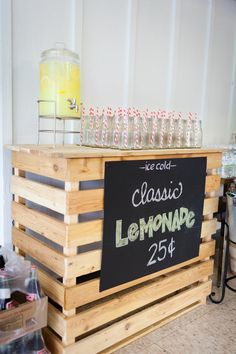 Lemonade Stand: how about an outdoor buffet??  Using crates