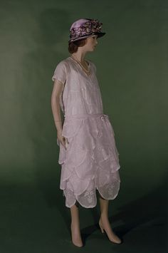 A flouncy 1922 day dress by Vionnet. Perfect for a garden party at Gatsby's.