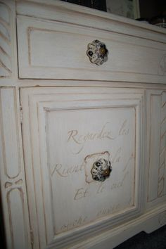 Caromal Coffee Glaze stenciled onto the doors-