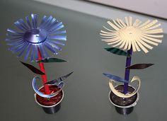 Florzinhas para decoração, feitas de Nespresso.