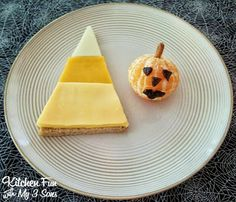 Kitchen Fun With My 3 Sons: Halloween Candy Corn Pumpkin Lunch