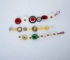 Make an Easy Bracelet From Vintage Buttons