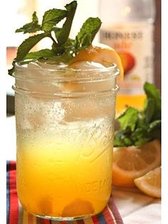 Cheers to #TeenChoice Awards tonight: Here's a Tween-Friendly Mocktail to make and enjoy