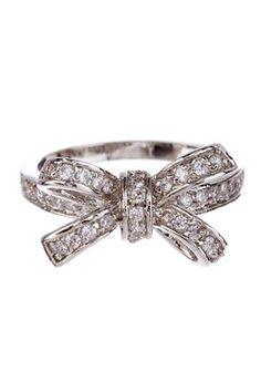 Mini Bow-Tie Ring