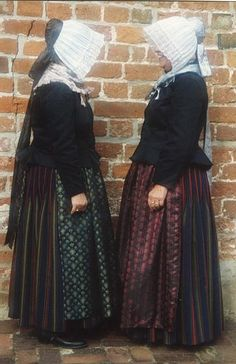 Europe | Portrait of two women wearing traditional clothes, Bremen, Germany