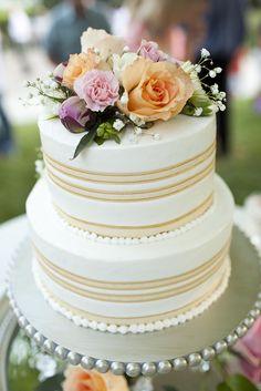 Sweet Whimsy Cakes #cakes http://pinterest.com/ahaishopping/