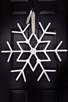 #DIY : Popsicle Stick Snowflake #holidays