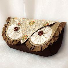 Silk Owl Clutch
