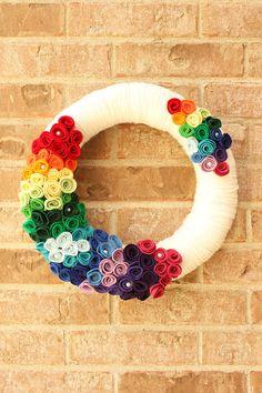 Rainbow Yarn Wreath Ivory with Red Orange by TheLandofCraft  | https://www.etsy.com/listing/165366956/rainbow-yarn-wreath-ivory-with-red | #wreath #crafts #etsy #rainbow