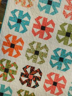 Quilt Pattern PDF INSTANT DOWNLOAD - Layer Cake Friendly - Baby to Queen / King size - Spin Blossoms
