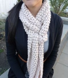 Janet Marie's Free Crochet and Knit Patterns: FREE CROCHET PATTERN - Star Stitch Scarf