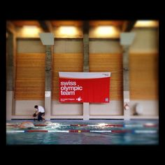 @MySwitzerland_e @DavosKlosters @svenriederer @ruediwild @swissteam swim session in the pool followed by the local tv pic.twitter.com/ca6bH0bL