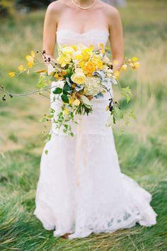 Bouquet de mariée jaune et vert #mariage #wedding
