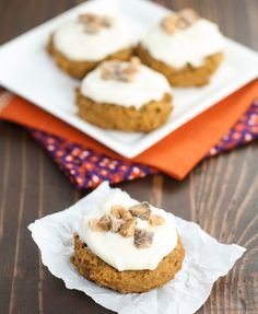 Spiced Pumpkin Cookies with Cream Cheese Frosting   #pumpkin #cookies