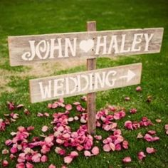 We love these rustic salvage wood signs and the variety of fonts and shapes, perfect for any outdoor wedding!