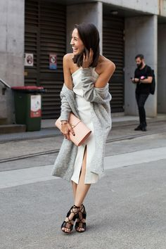 vogue-flair:  message me if you're 100% street style, need more blogs to follow!
