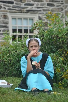 Amish girl in Lancaster, PA