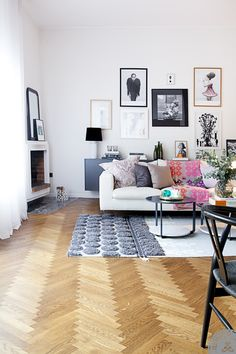 Great floors, colorful pillows
