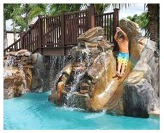 How much fun would you kids have in this pool?! New Mode Homes #glhomes