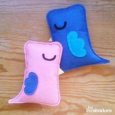 Píos #toys #felt #muñecos #fieltro http://holaincubadora.wordpress.com/2013/12/22/pios/