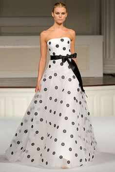 Oscar De La Renta Spring 2011 RTW White and Black Polka Dot Ball Gown