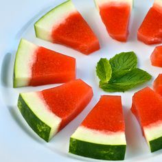 Oh my... Watermelon Mint ~ Jello Shots Recipes #cocktails #mixed #drinks #entertaining