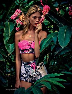ModelMartha Hunt is the heroine of 'The nature of things' for the Elle UK June 2012 editorial and embraces the tropical spirit!