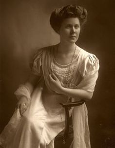 Emily Margaret Tinne, taken around the time of her marriage in 1910.