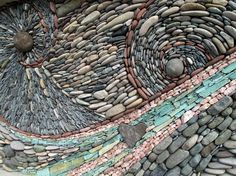 Stunning Mosaic Murals Made of Stones