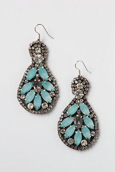 mints, mint leaf, leaf chandeli, chandeliers, anthropologie, acrylics, vintage earrings, chandelier earrings, leaves