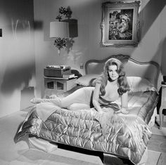 Ann Margaret and the painting