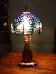 "this use to be a plastic jug- turned into a ""stained glass"" lampshade!  PET Bottle Tiffany Lamp"