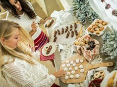 4 Easy Steps to Throwing a #Holiday Party (http://blog.hgtv.com/design/2013/12/10/4-easy-steps-to-throwing-a-holiday-party/?soc=pinterest)