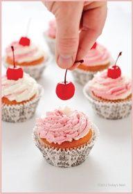 Cheery Cherry Cupcakes  #recipe #valentinesday